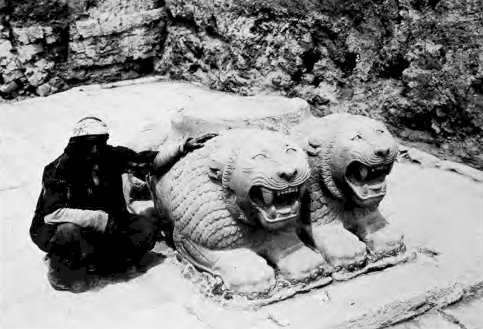 Hittite Monuments - Tell Tayinat